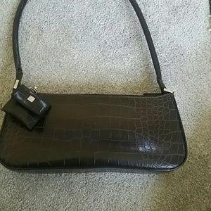 9 west brown shoulder bag